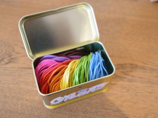画像1: ブリキ缶入り ゴムバンド ゴールド缶